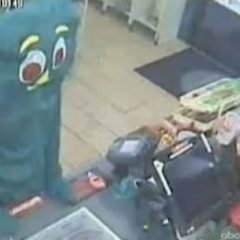 Gumby Tries To Rob 7-11, Fails Miserably [Video]