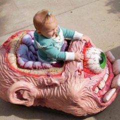 Scary Cyclops Brain Toy Car [Photo]