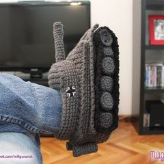 Crochet Your Own Tank Slippers [Photo]