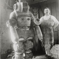 A Real Precursor of Big Daddy! [Photo]