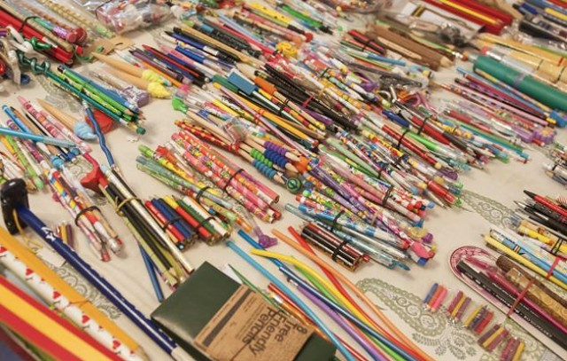 Worlds-Biggest-Collection-of-Pencils6-640x407