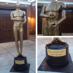 Oscars Statue With Heroin Needle In Arm